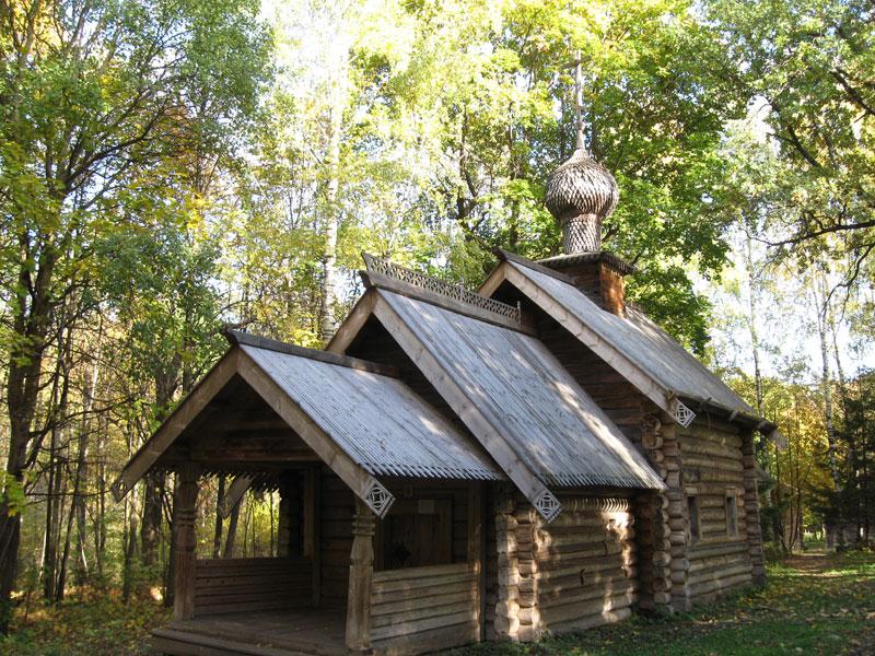 Покровская церковь из села Зеленово на щёлоковском хуторе