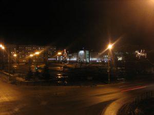Площадь Ленина ночью.